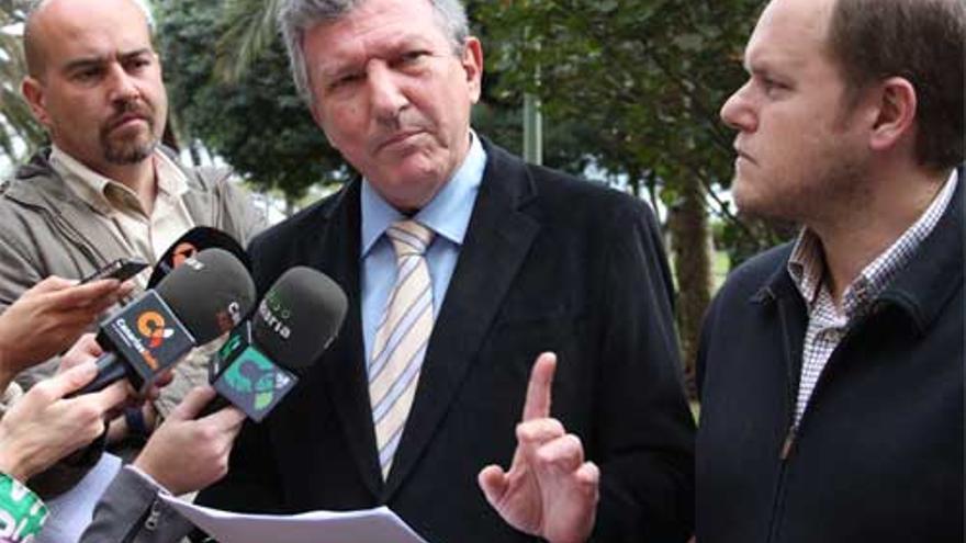 Pedro Quevedo y José Eduardo Ramírez. (NUEVA CANARIAS)