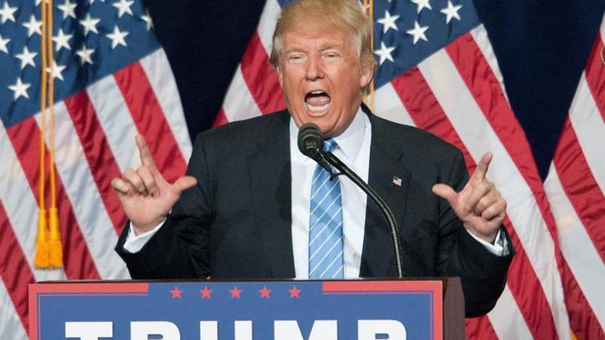 """Trump asegura que las empresas """"no se van a ir de EE.UU. sin consecuencias"""""""