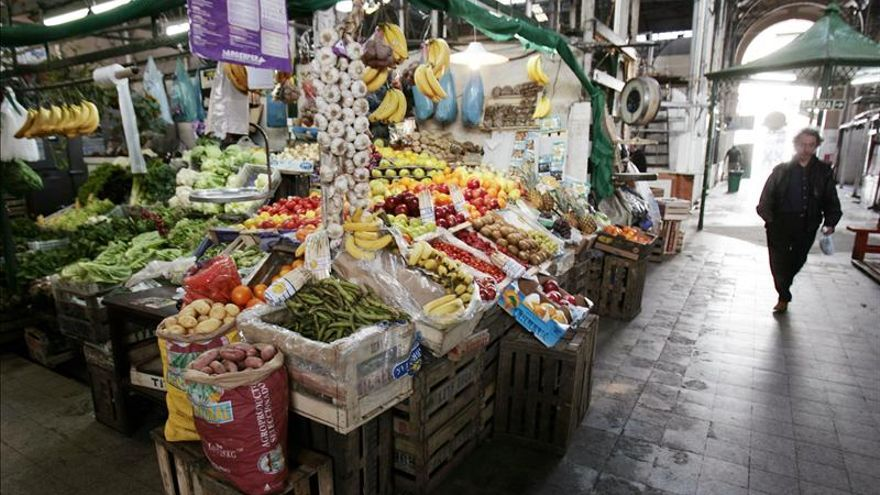 El Gobierno argentino anuncia una nueva canasta de productos con precios pactados