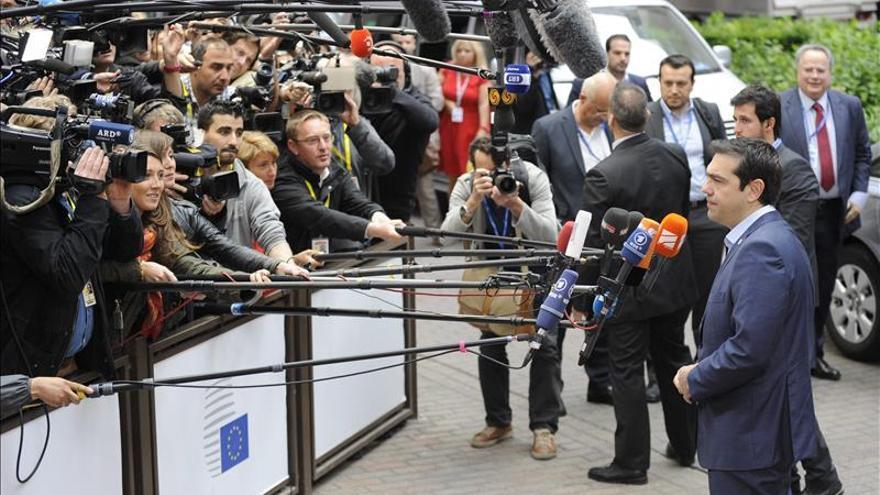 Comienza cumbre decisiva líderes del euro sobre Grecia tras fin del Eurogrupo