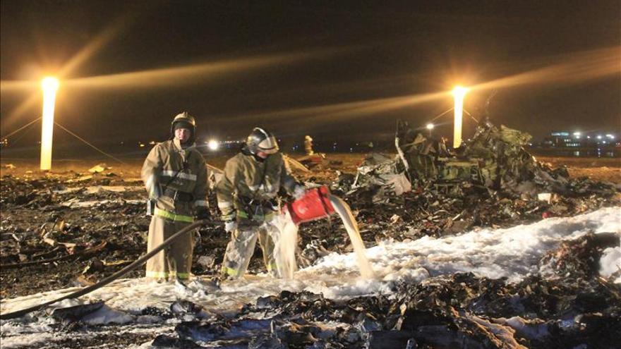 Los primeros indicios apuntan a un fallo técnico en el accidente de avión en Rusia
