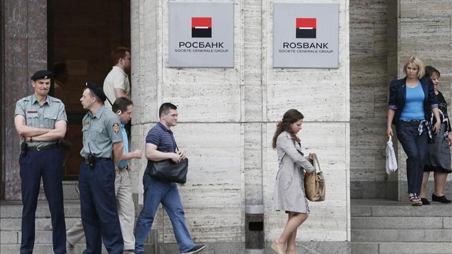 Detienen al presidente de Rosbank, filial rusa del francés Société Générale