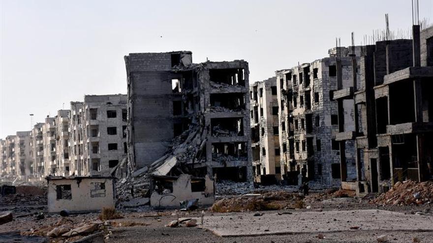Las autoridades sirias recuperan 100 cadáveres de sus efectivos en Alepo