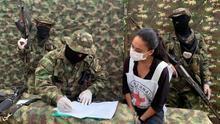 La guerrilla del ELN entrega a una comisión humanitaria a una militar secuestrada