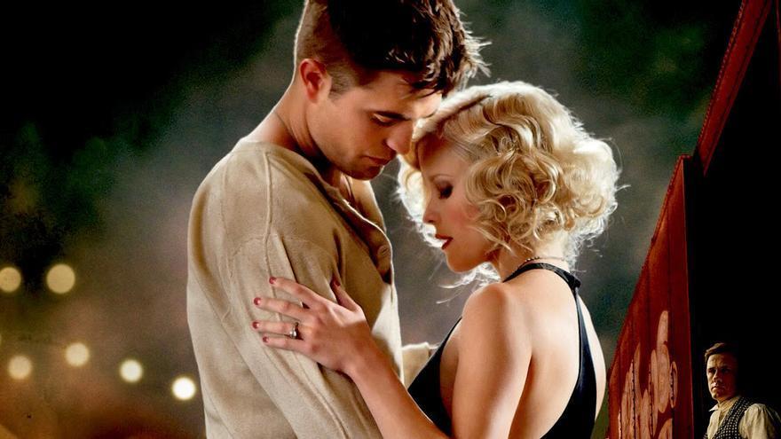 Reese Whiterspoon y Robert Pattinson en 'Agua para elefantes'