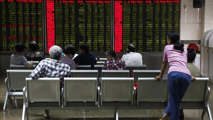 La Bolsa de Shanghái abre un 0,07 por ciento a la baja