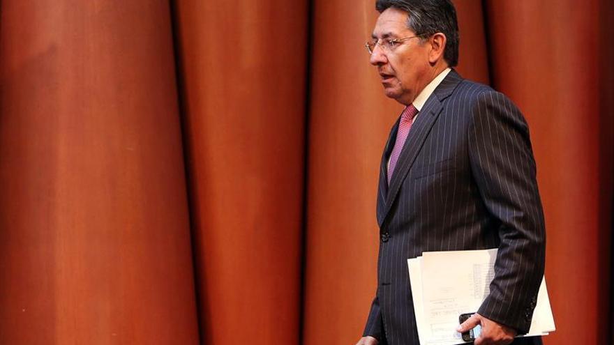 Odebrecht asumió gastos de campañas de Santos y Zuluaga en 2014, según el fiscal