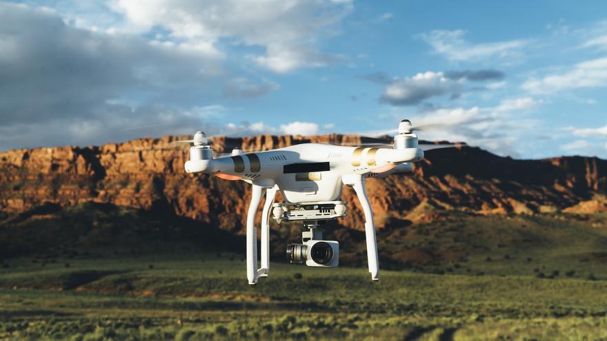 Un dron de la marca DJI