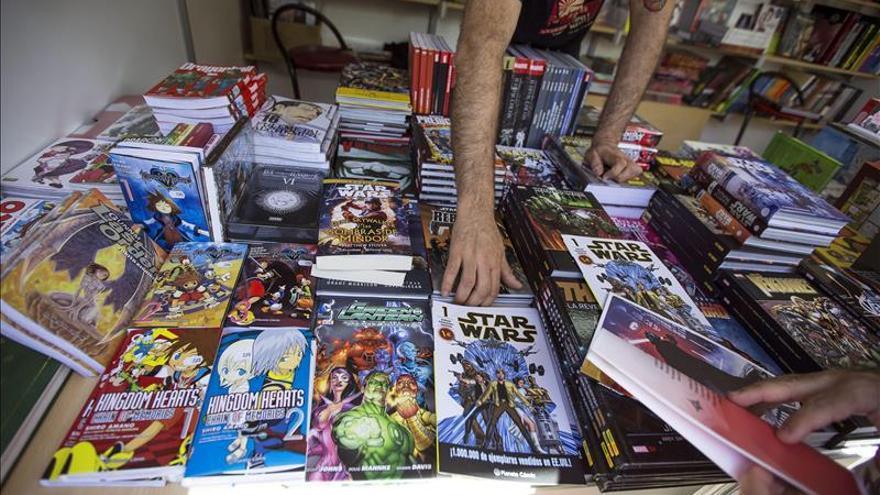 Librerías y editoriales se unen hoy para fomentar la lectura de cómics