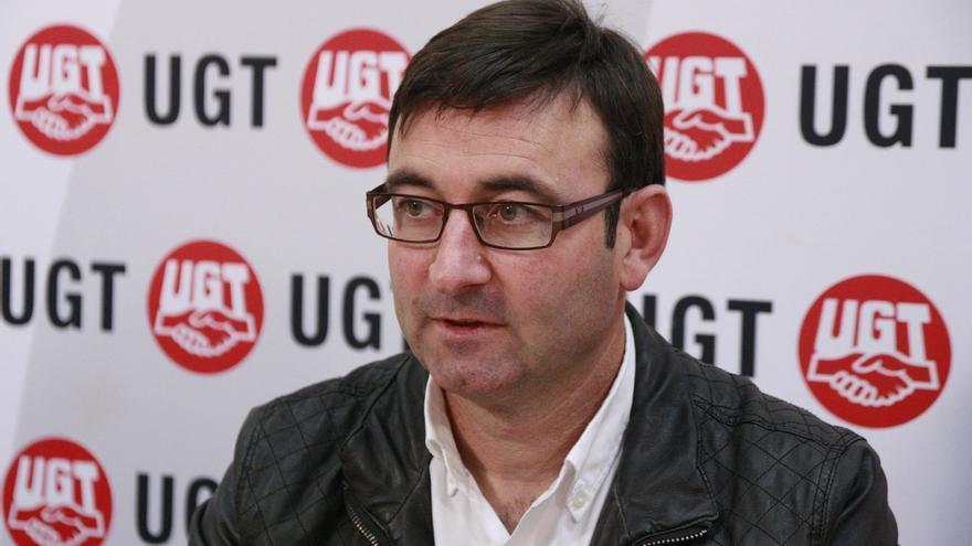 """IU C-LM valora la renuncia de Cayo Lara y dice que la responsabilidad ahora está en """"hacer buena"""" esa decisión"""