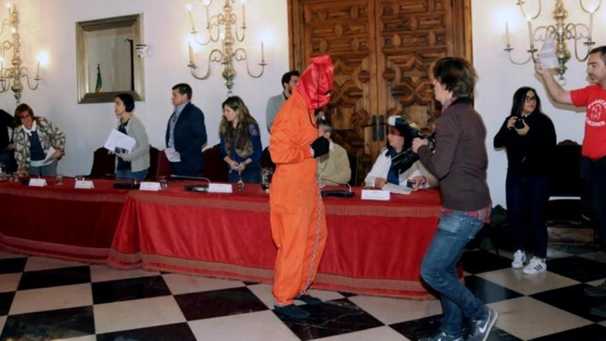 Momento de la protesta de los bomberos / Diputación de Cáceres