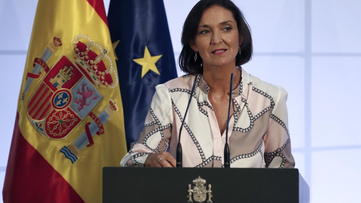 La ministra de Industria, Comercio y Turismo, Reyes Maroto. EFE/Javier Lizón/Archivo