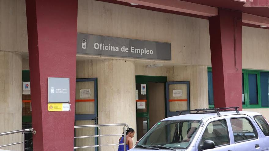Canarias ahora: Oficina de empleo en Las Palmas de Gran Canaria. (ALEJANDRO RAMOS)