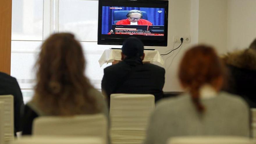 EEUU impone multa millonaria a grupo de TV por violar norma de publicidad