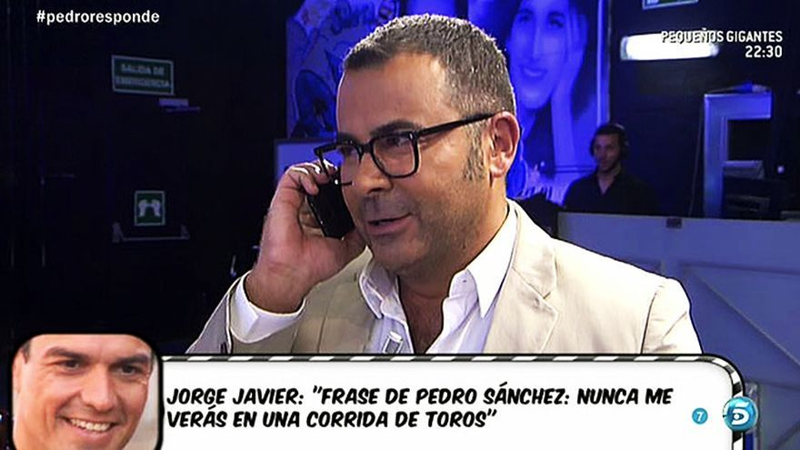"Jorge Javier Vázquez habla por teléfono con Pedro Sánchez en ""Sálvame"""