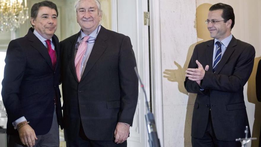 El nuevo consejero de Madrid se compromete a recomponer las relaciones con los profesionales