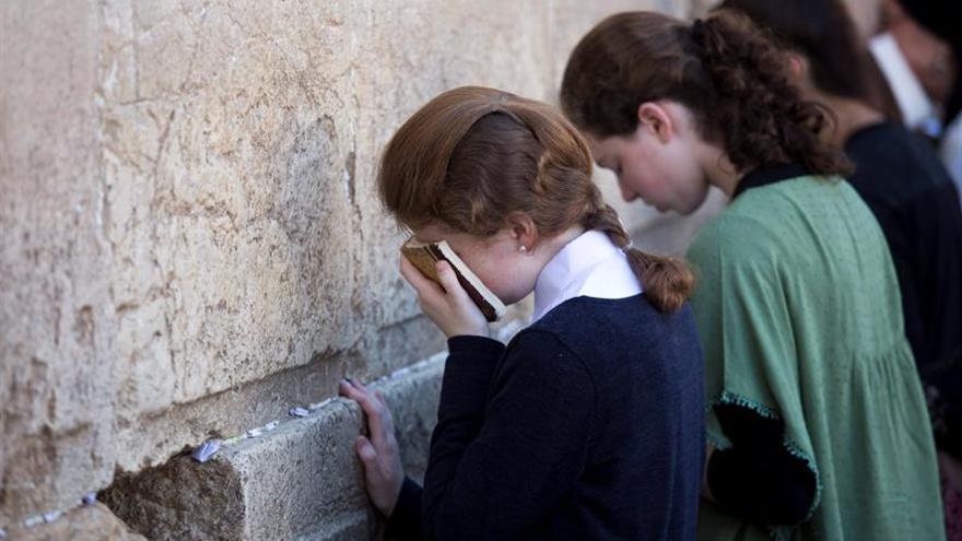 Ultraortodoxos y reformistas se enfrentan ante el Muro de las Lamentaciones