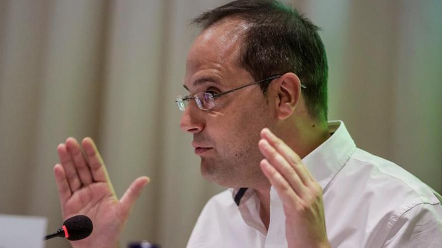 El PSOE defiende que la ronda acabe con Rajoy de candidato y no con reflexión