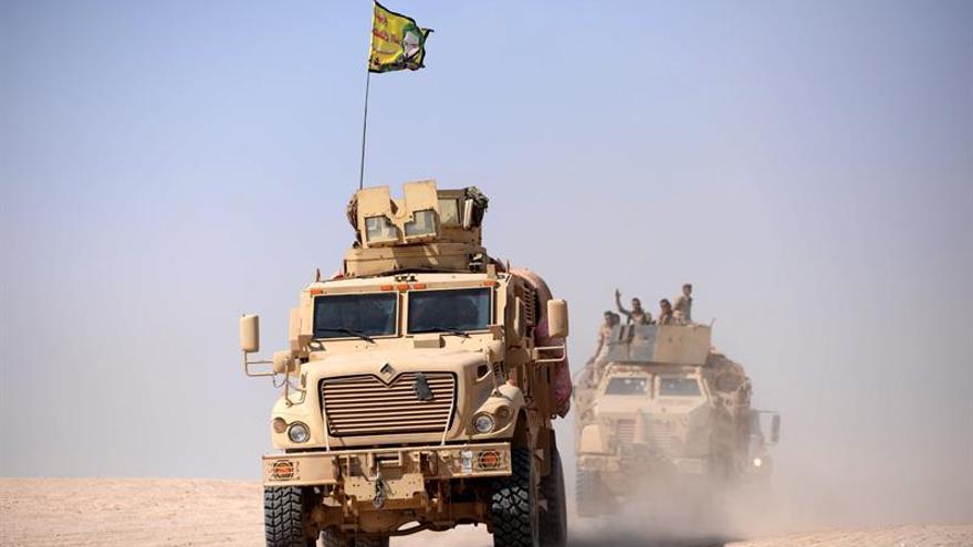 Hallan en Irak varias fosas comunes con 400 cadáveres asesinados por el EI