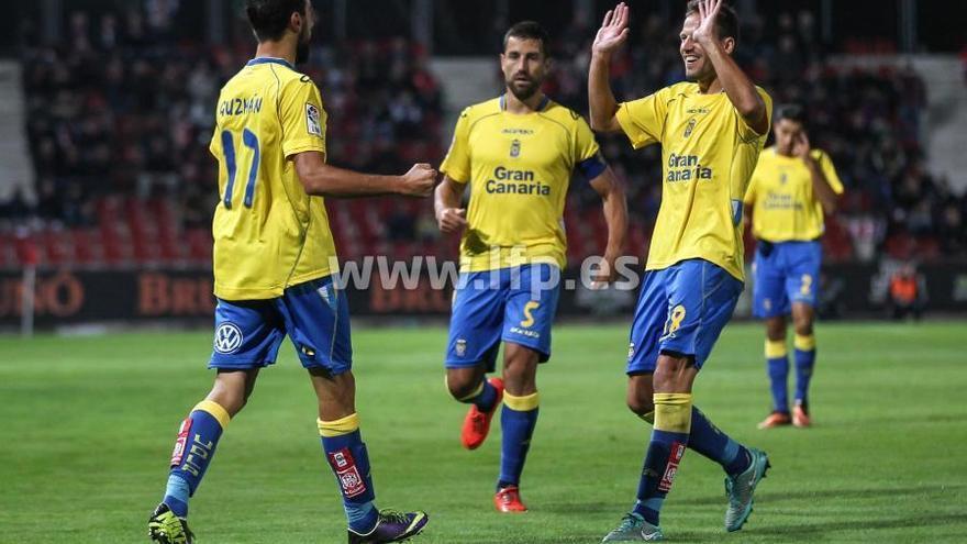 Instantes del partido que enfrentó a la UD Las Palmas contra el Girona. LFP.