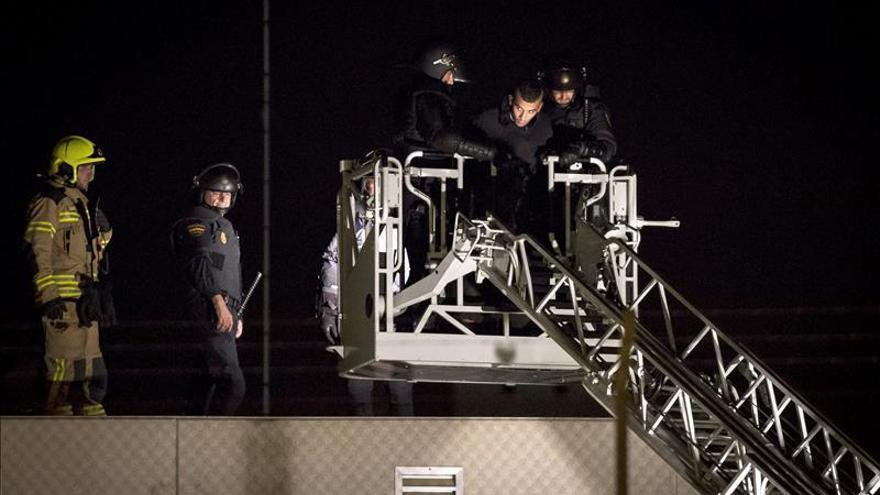 Proponen expulsar a 6 internos de CIE Valencia que participaron en el intento de fuga