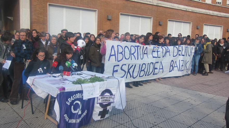 Cientos de mujeres rechazan en Euskadi la reforma del aborto y piden a las instituciones vascas insumisión ante la ley