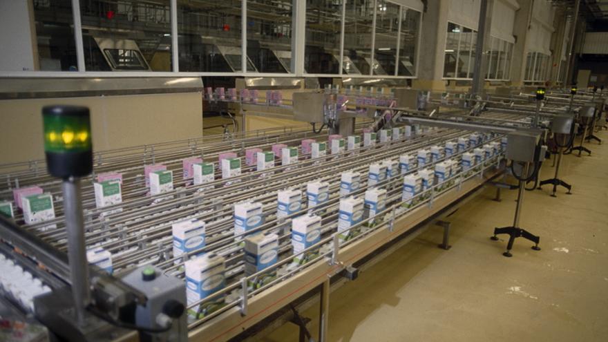 Proceso de elaboración de lácteos. Foto: Irekia