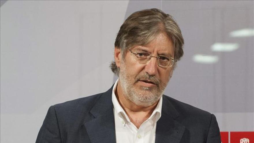 Pérez Tapias aboga por un giro a la izquierda que dé credibilidad al PSOE