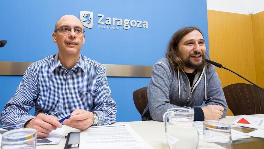 El coordinador de la Oficina Municipal de Vivienda, Sergio Castells, y el concejal de Vivienda, Pablo Híjar