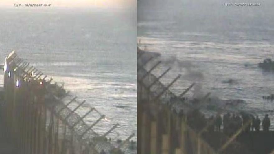 La Guardia Civil lanza un bote de humo hacia zona marroquí en estos fotogramas de las cámaras de seguridad