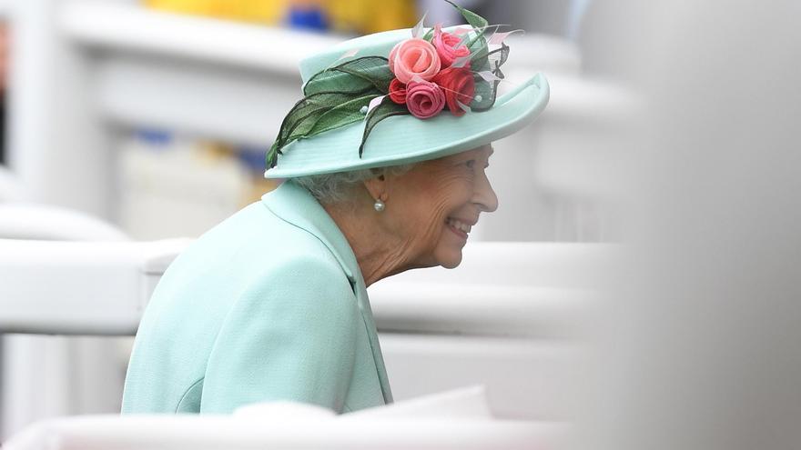 La reina Isabel II recibirá a Merkel el viernes en Windsor