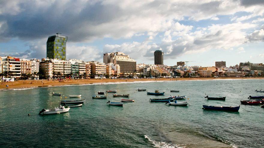 Canarias espera cielos nubosos y aguaceros ocasionales al inicio de la semana