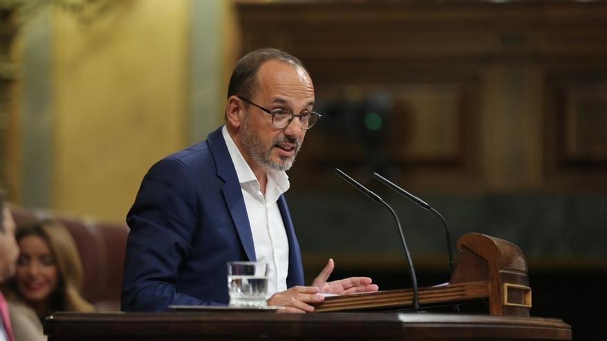 """El PDeCAT aprovecha el Pleno del Congreso para reclamar la libertad de los """"presos políticos"""" del Govern cesado"""