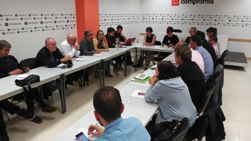 Compromís acuerda explorar la posible candidatura conjunta con PSOE y Podemos al Senado