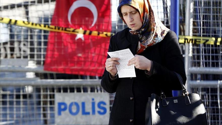 Turquía interviene el Asya Bank, en la órbita de la red islámica gülenista