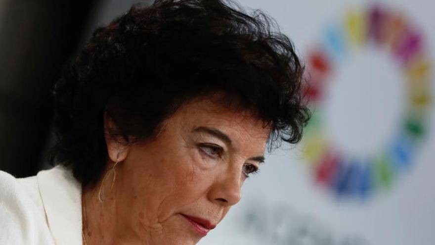 Celaá cree que en Bélgica podrían imponer alguna medida cautelar a Puigdemont