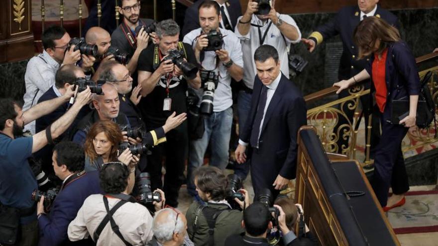 Sánchez estrena mañana su agenda con una reunión con el presidente de Ucrania