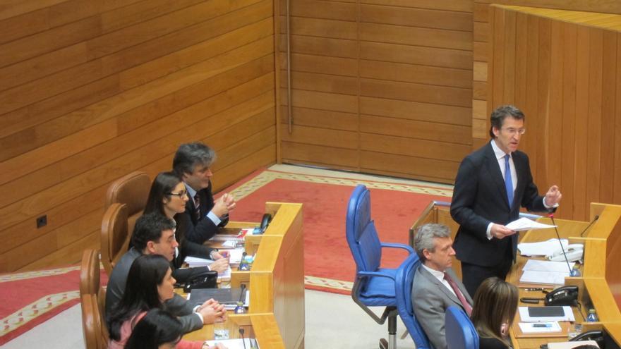 """La oposición busca acorralar con la """"corrupción"""" a Feijóo, que se propone """"extirparla"""" de la política"""