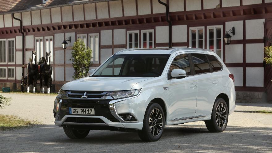 El Mitsubishi Outlander PHEV es el híbrido enchufable más vendido en España con un cuota de mercado del 42%