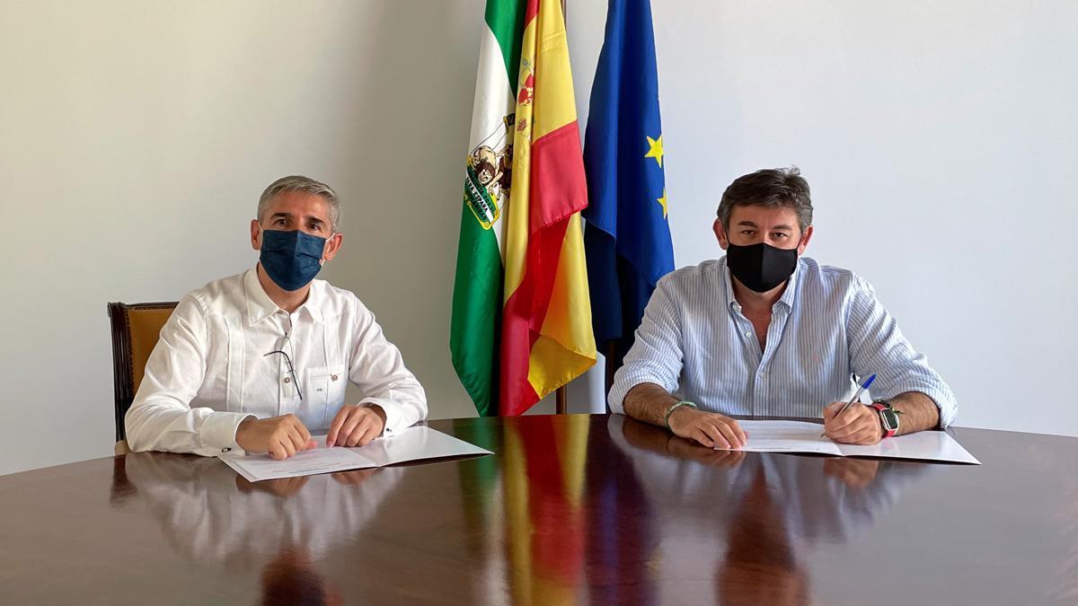Firma del acuerdo entre el Córdoba y el Palacio de Congresos