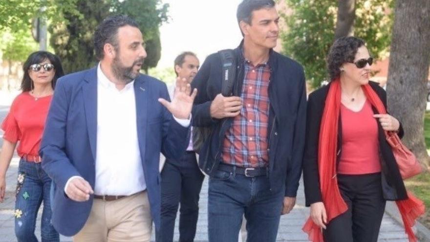 José Luis Blanco y Pedro Sánchez / Europa Press