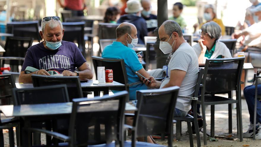 Madrid aprobará el miércoles una relajación de aforos en hostelería y cultura