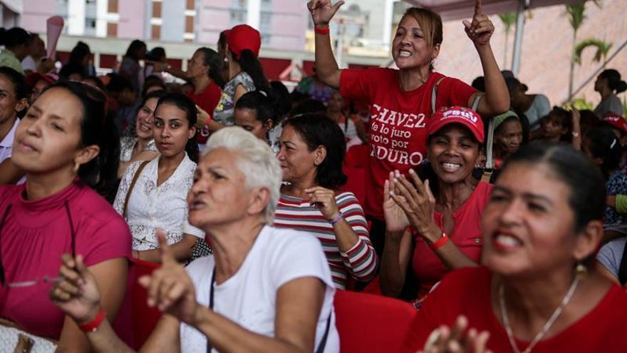 La oposición y el chavismo piden apoyo al mundo en medio del clima de protestas