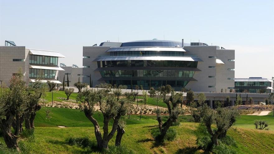 Condenan al Banco Santander a devolver 600.000 euros a un matrimonio de jubilados por la venta de valores