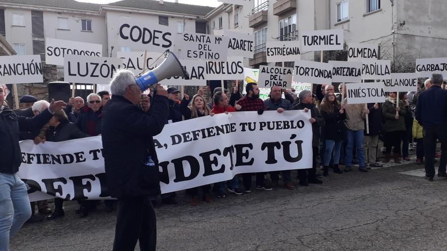Manifestación en Alcolea del Pinar