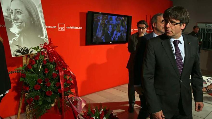 Puigdemont resalta honestidad de Chacón y la lealtad en sus convicciones