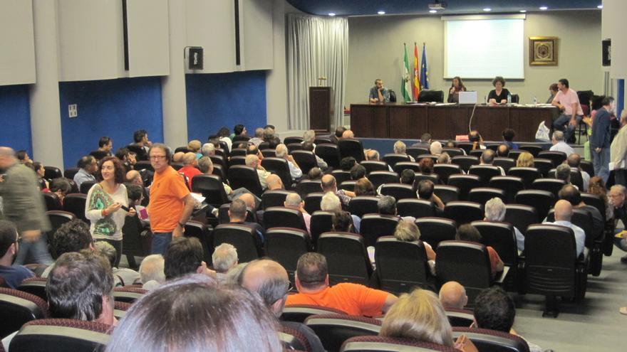 Asamblea donde Ganemos Córdoba ha aprobado presentarse a las elecciones municipales de mayo de 2015./Foto: CR