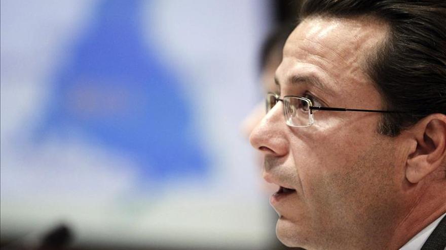 """Lasquetty admite retrasos por causas """"administrativas"""" en 30.000 mamografías en Madrid"""