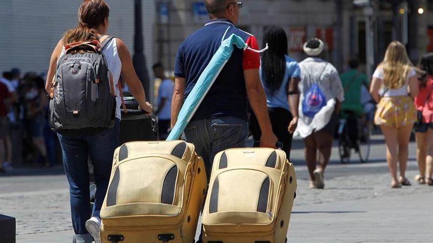 La llegada de turistas en todo el mundo creció un 7 % hasta agosto