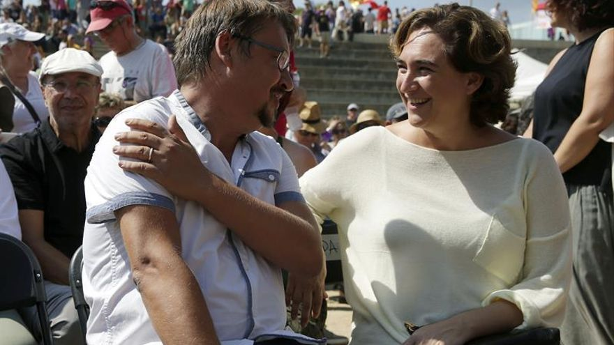 """La alcaldesa Colau pide la """"dimisión inmediata"""" de Margallo"""